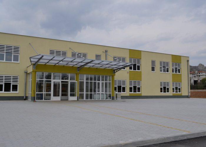 Aktiv direktora osnovnih i srenjih škola HNK-a